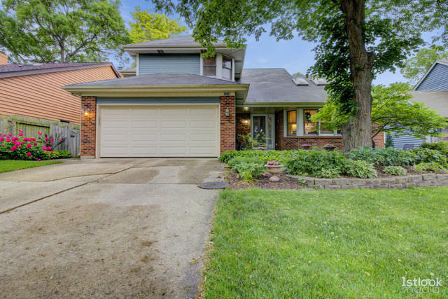 2538 Woodcliff Court